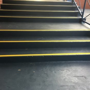 Hazard free stairs with uniform appearance