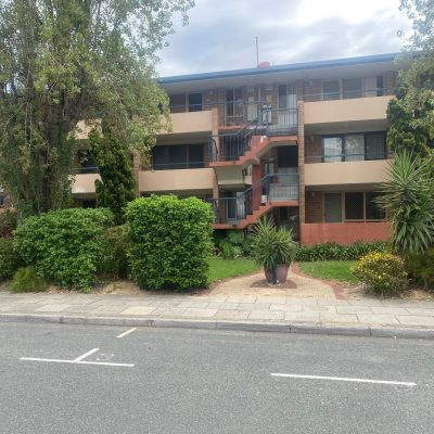 Pic 1 Stirling Court Apartment Complex